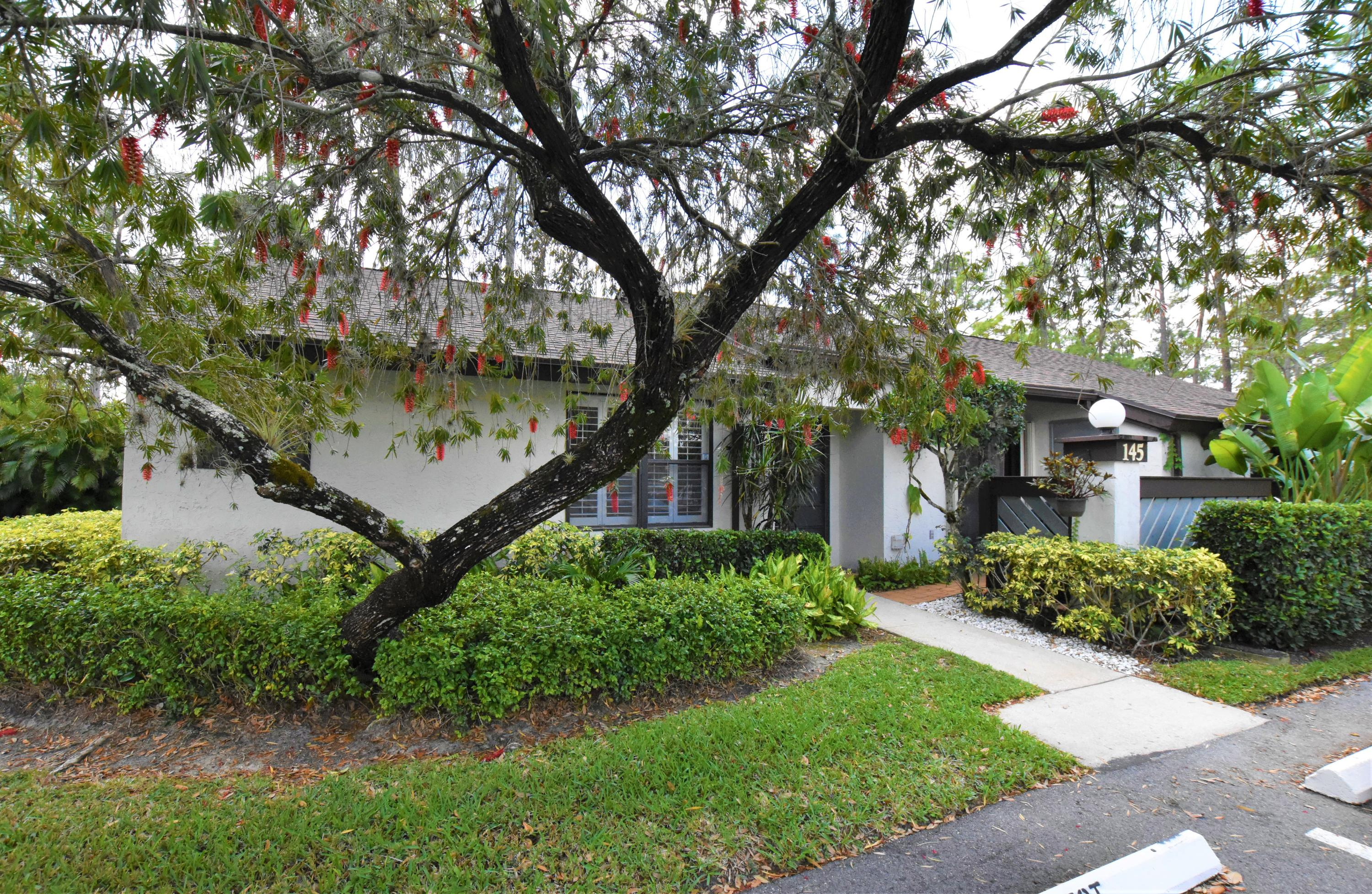 Home for sale in Strathmore Gate I Royal Palm Beach Florida