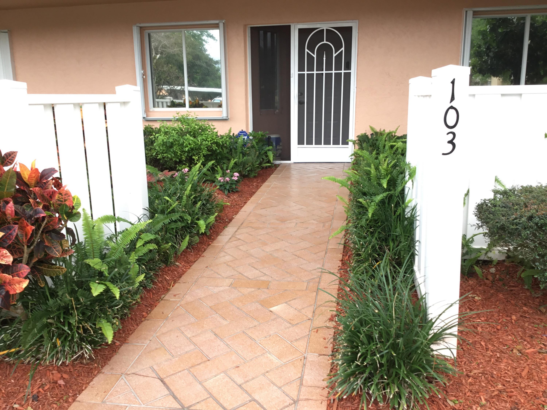 5746 Crystal Shores Drive 103 Boynton Beach, FL 33437