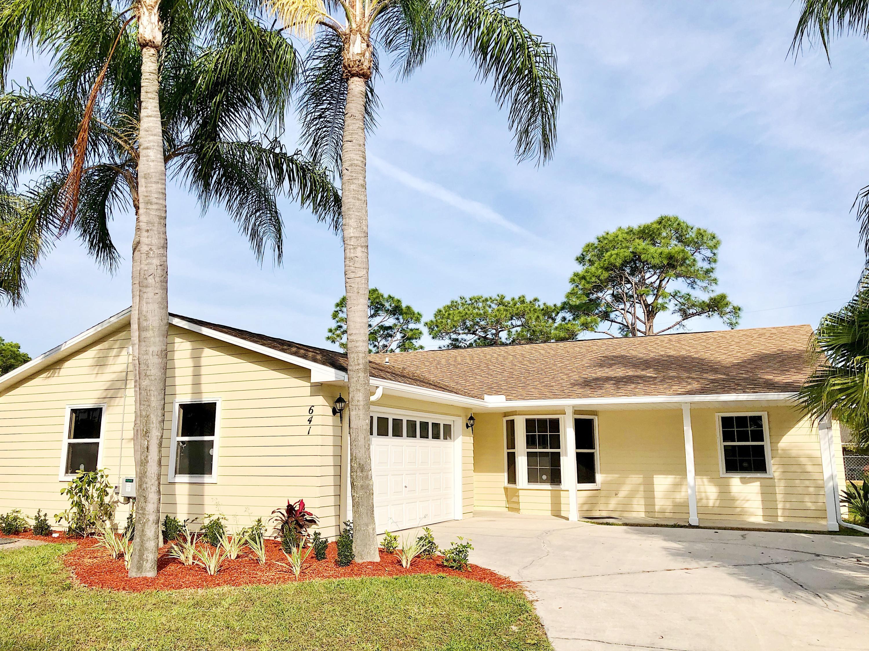 641 SE Karrigan Terrace, Port Saint Lucie, Florida