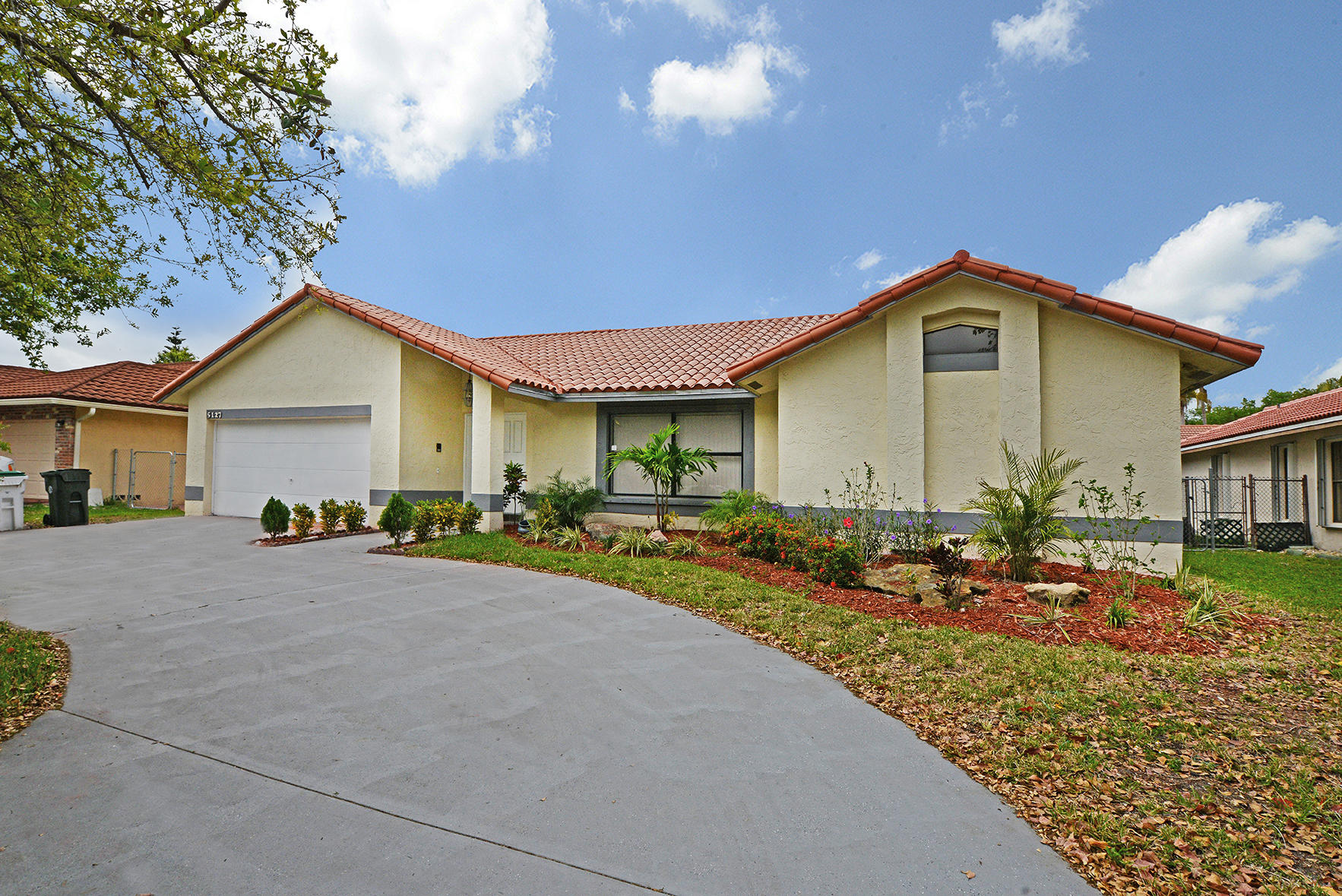 5127 NW 48th Avenue - Coconut Creek, Florida