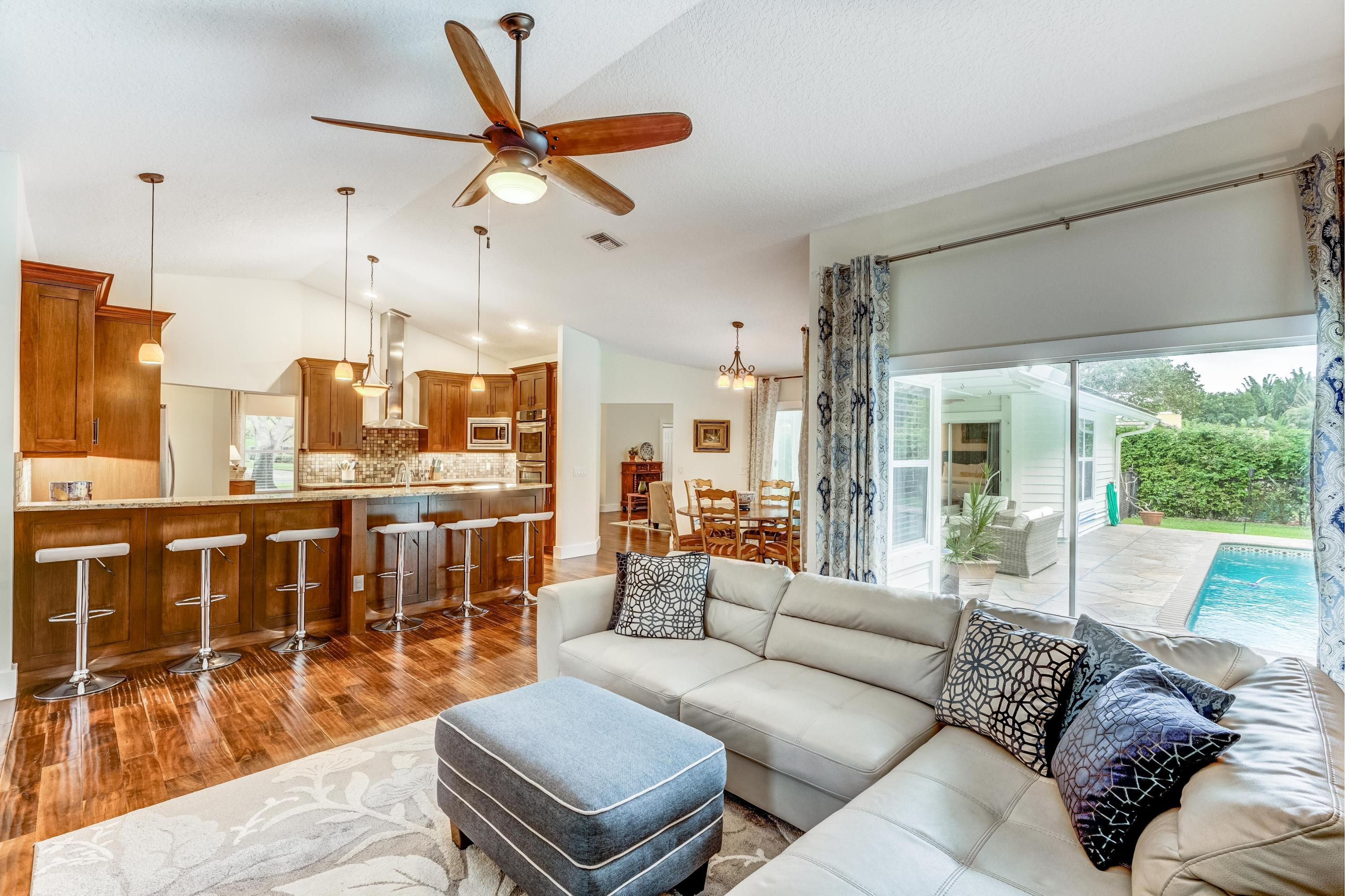 RIVER RIDGE TEQUESTA