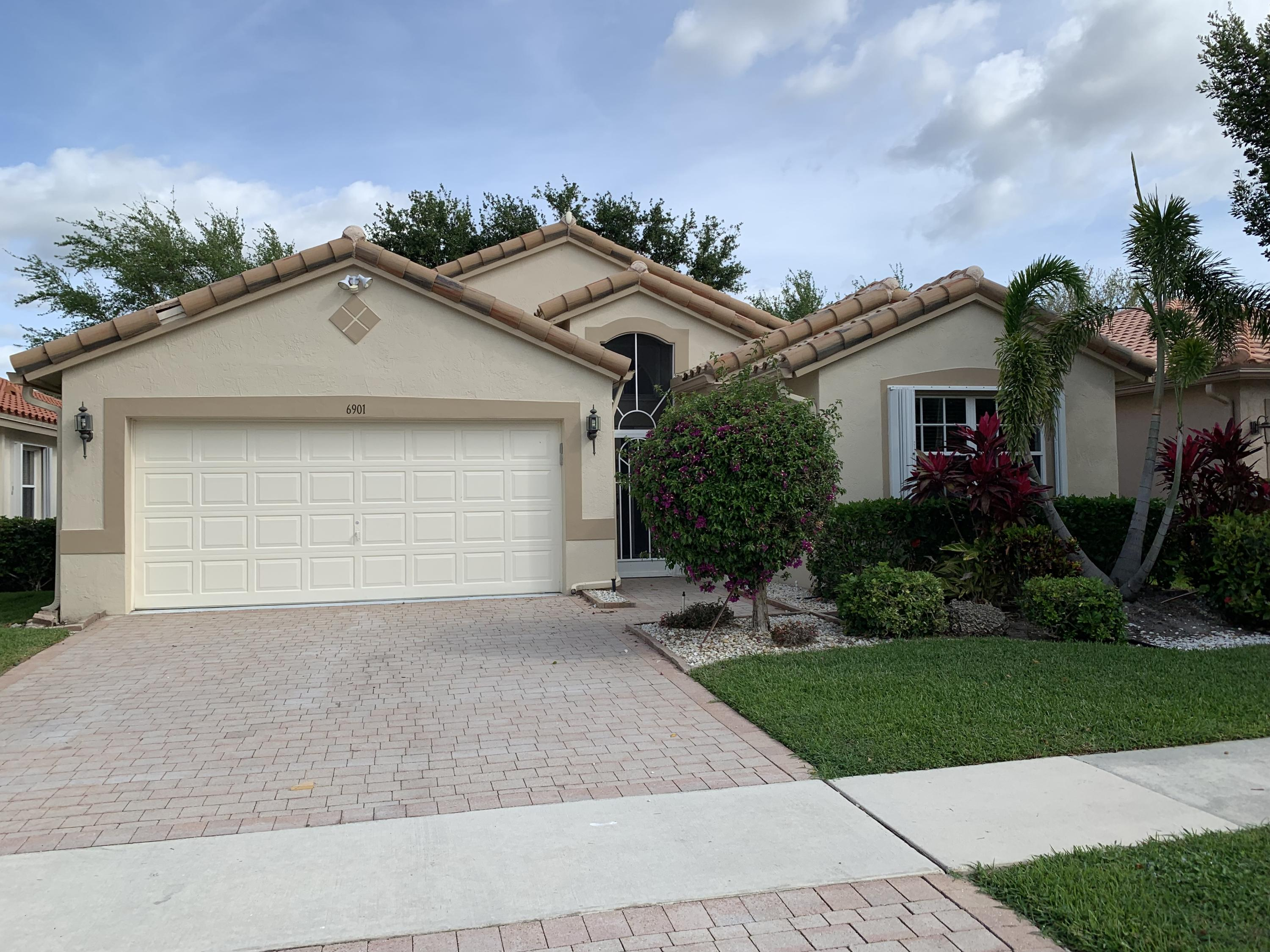 6901 Castlemaine Avenue Boynton Beach 33437 - photo