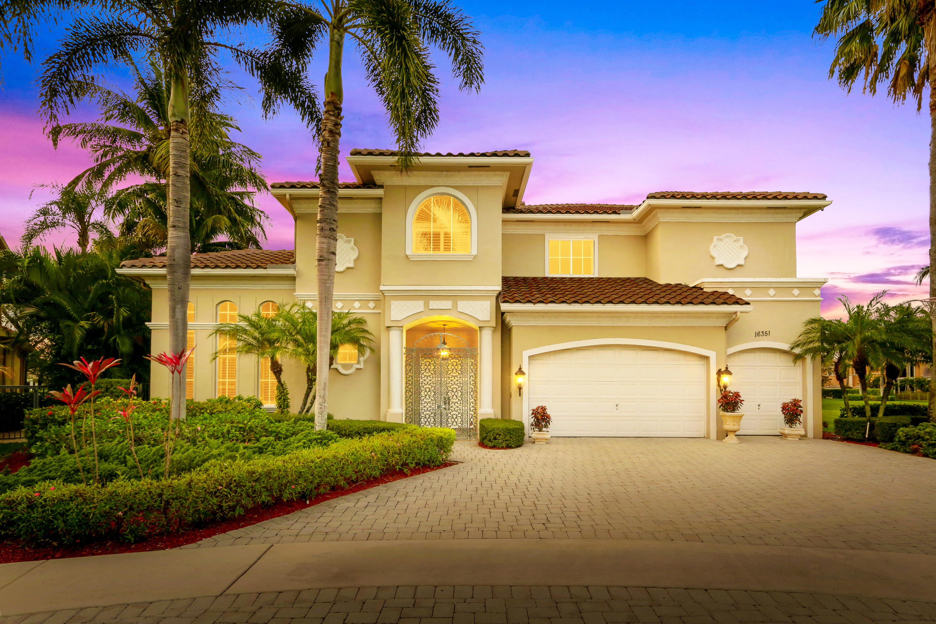16351 Via Fontana  Delray Beach, FL 33484