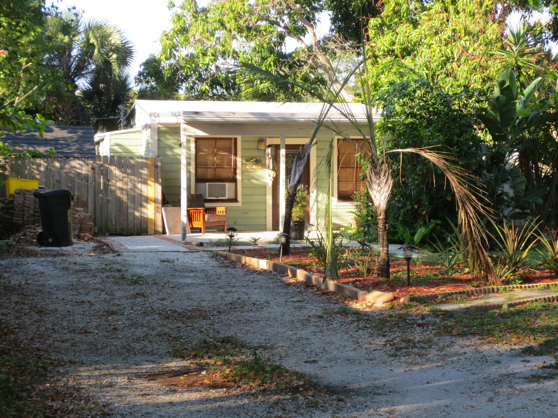 707 N Lake Avenue  Delray Beach, FL 33483