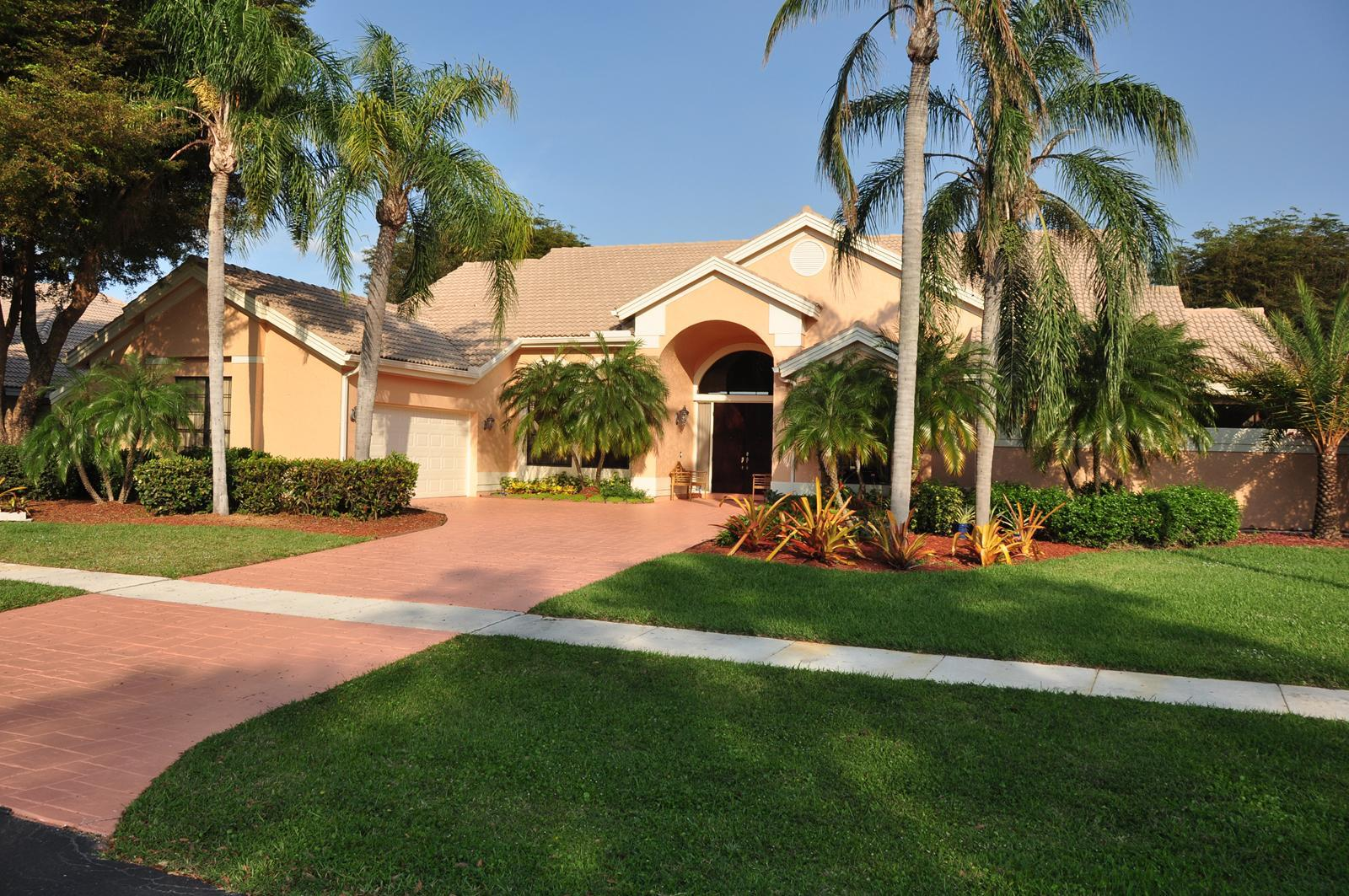 Home for sale in POLO WEST ESTATES/GREENVIEW COVE OF WELLINGTON Wellington Florida