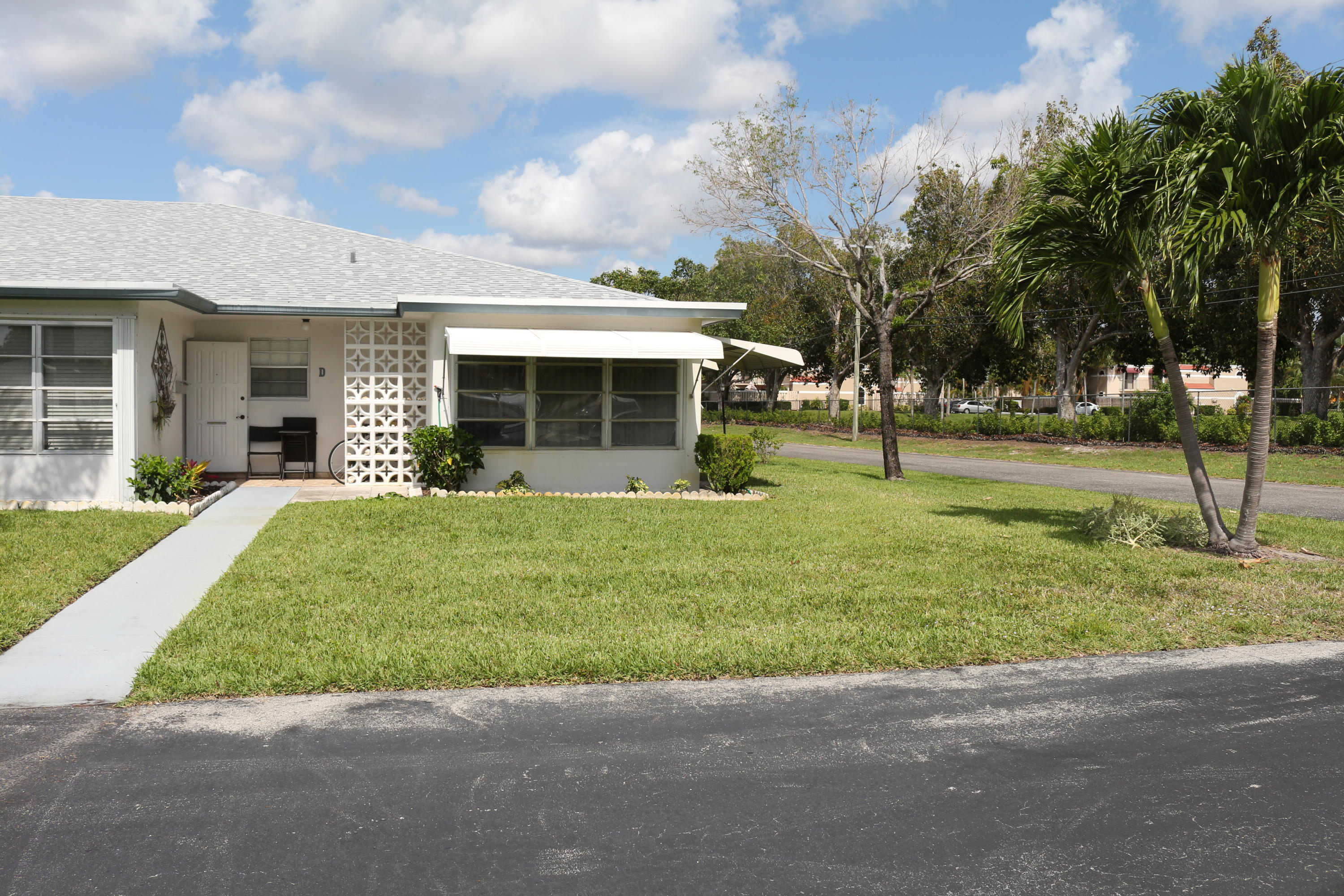 1072 North Drive D  Delray Beach, FL 33445