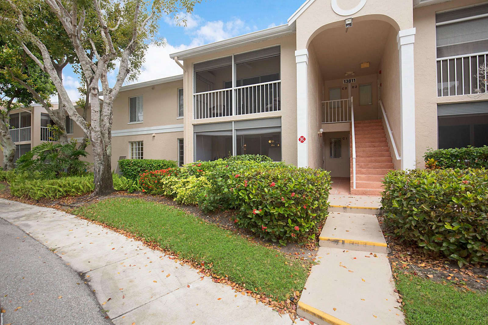 Home for sale in PINE RIDGE AT DELRAY BEACH CONDO Delray Beach Florida