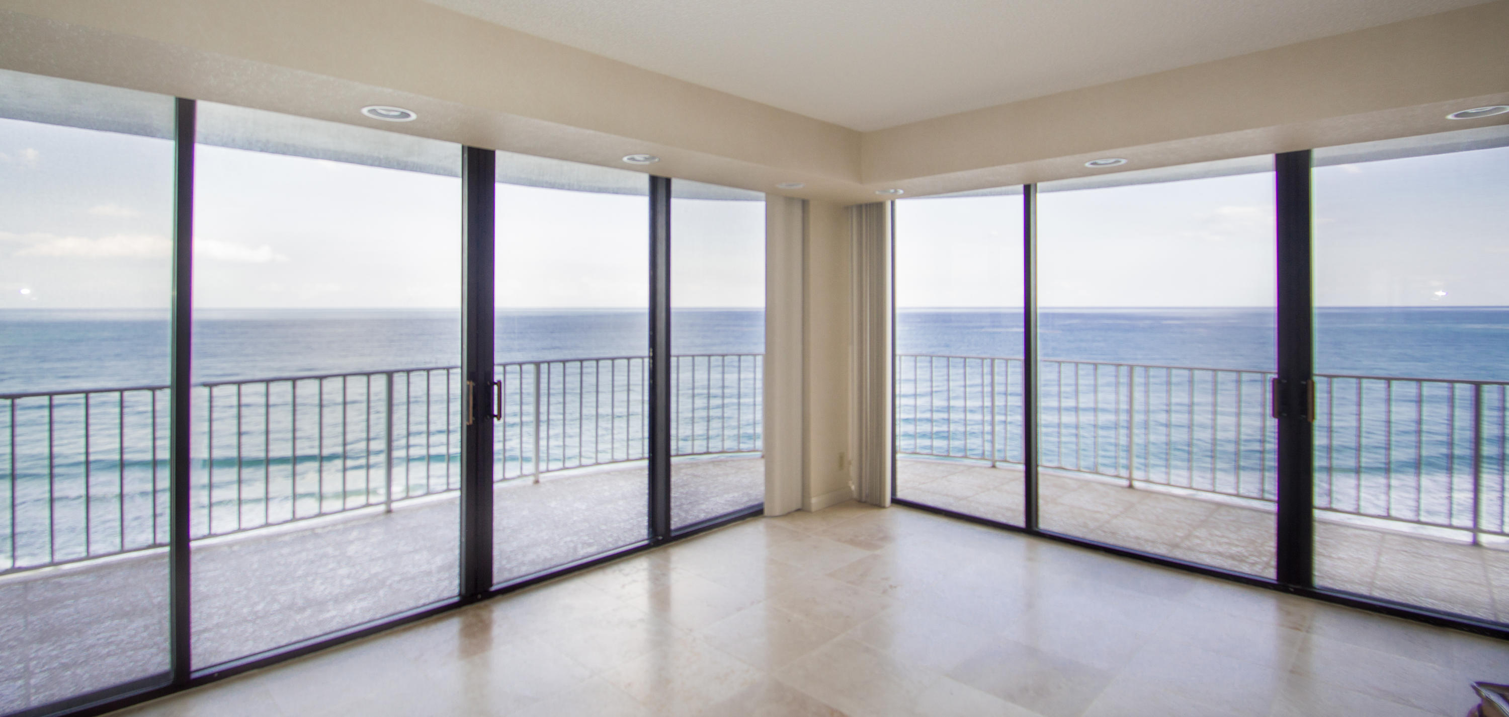 Home for sale in ATRIUMS OF PALM BEACH CONDO Palm Beach Florida