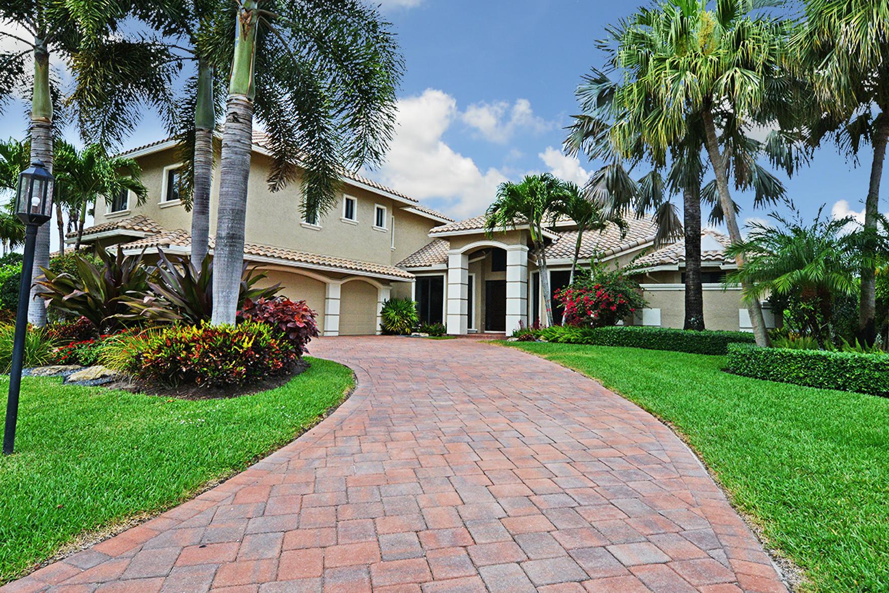 7243 Valencia Drive  Boca Raton, FL 33433
