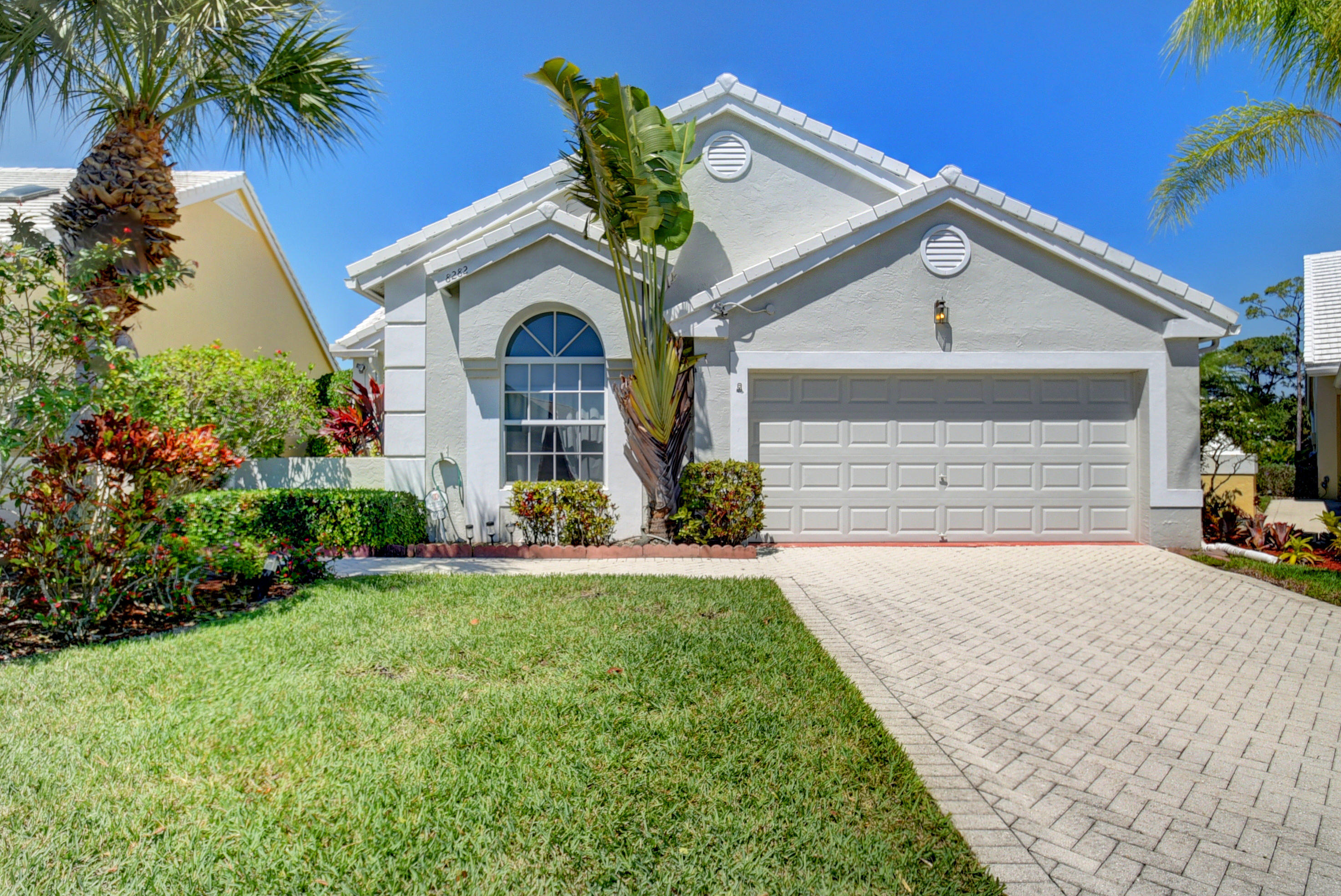 8282 Horseshoe Bay Road, Boynton Beach, Florida 33472, 3 Bedrooms Bedrooms, ,2 BathroomsBathrooms,A,Single family,Horseshoe Bay,RX-10514079