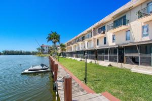 Club House Cove Condo