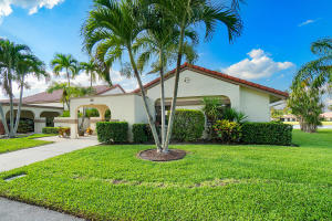Property for sale at 5713 Parkwalk Circle, Boynton Beach,  Florida 33472