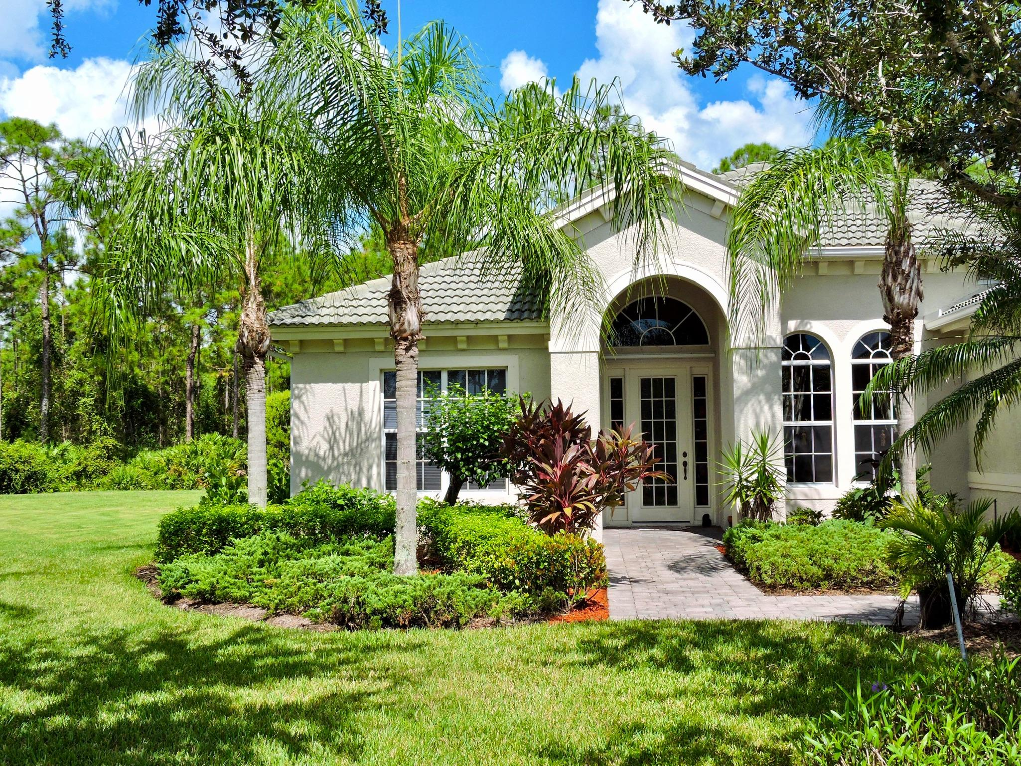 7946  Founders Circle, Naples, Florida