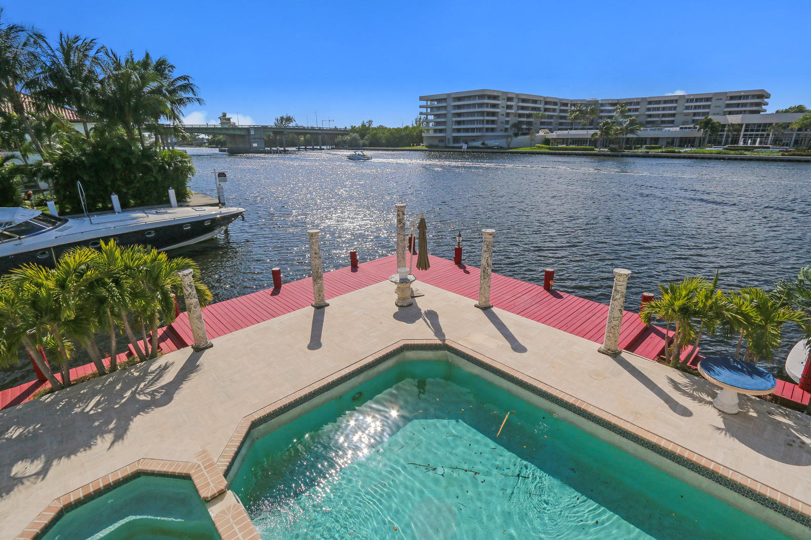 DELRAY BCH SHORES REALTY