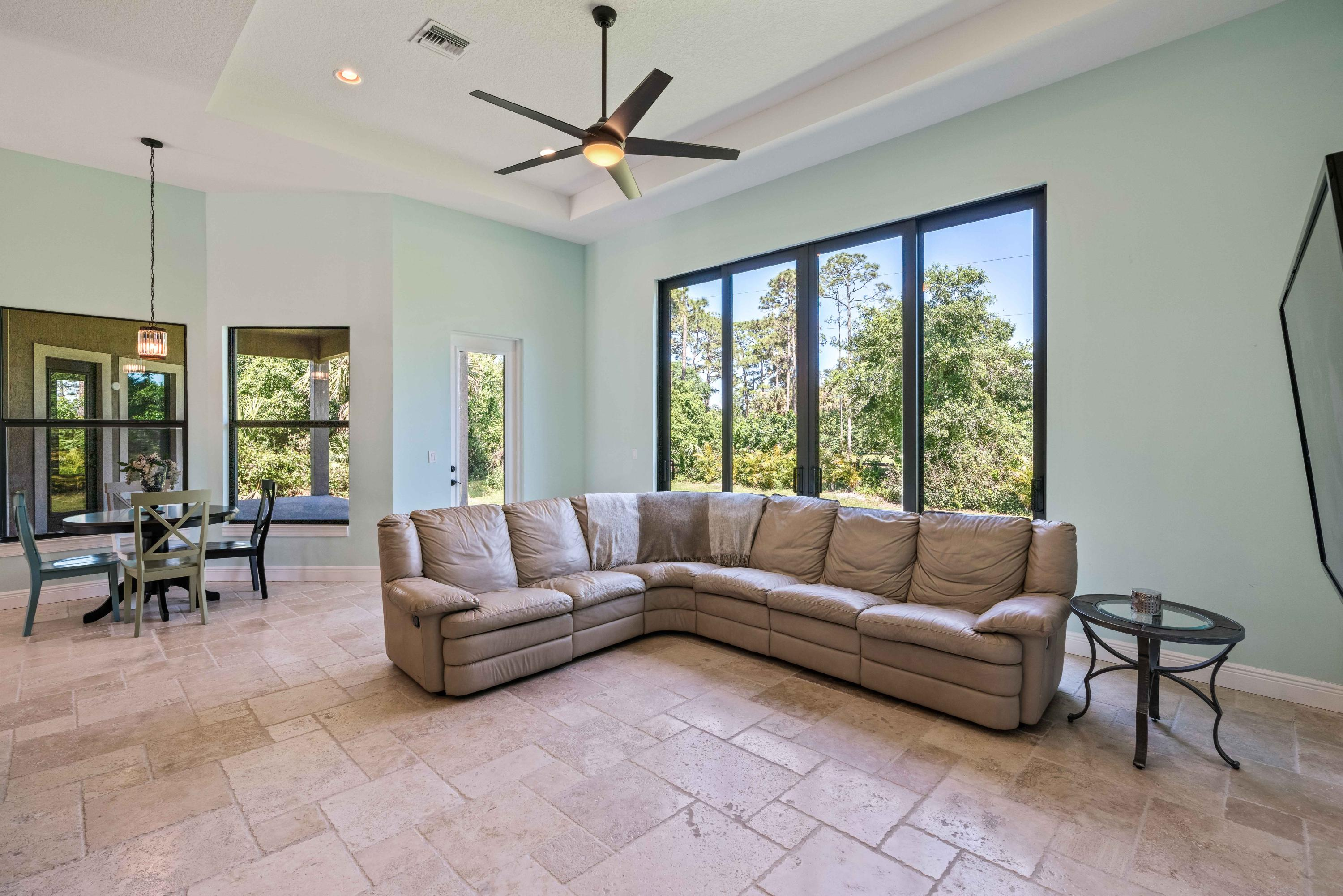 PALM CITY REALTY