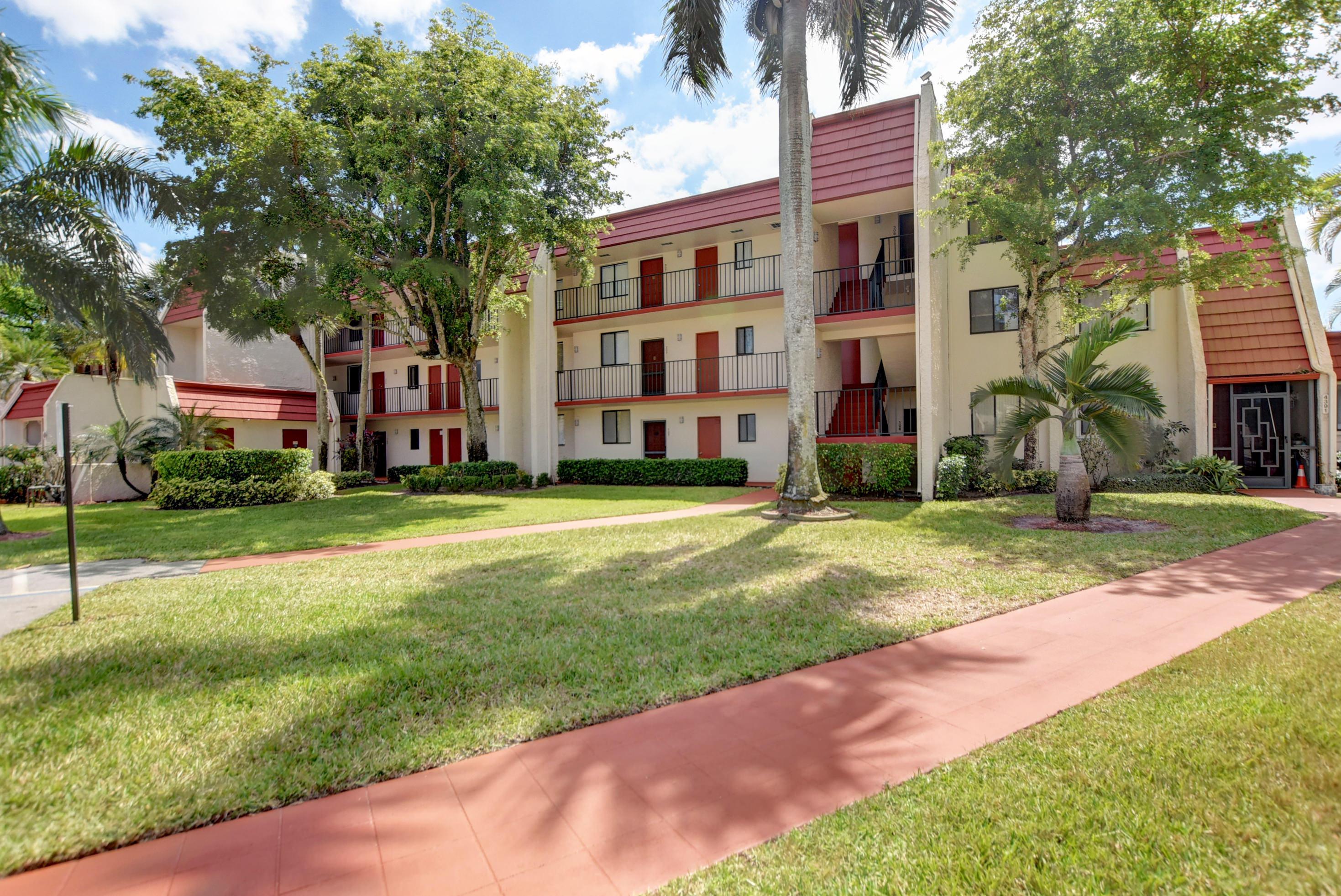4393 Trevi Court 302 Lake Worth, FL 33467