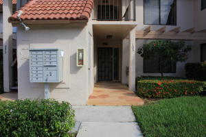 Property for sale at 5673 Fairway Park Drive Unit: 103, Boynton Beach,  Florida 33437