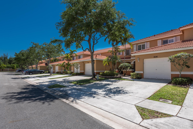 6126 Sugar Loaf Lane West Palm Beach, FL 33411