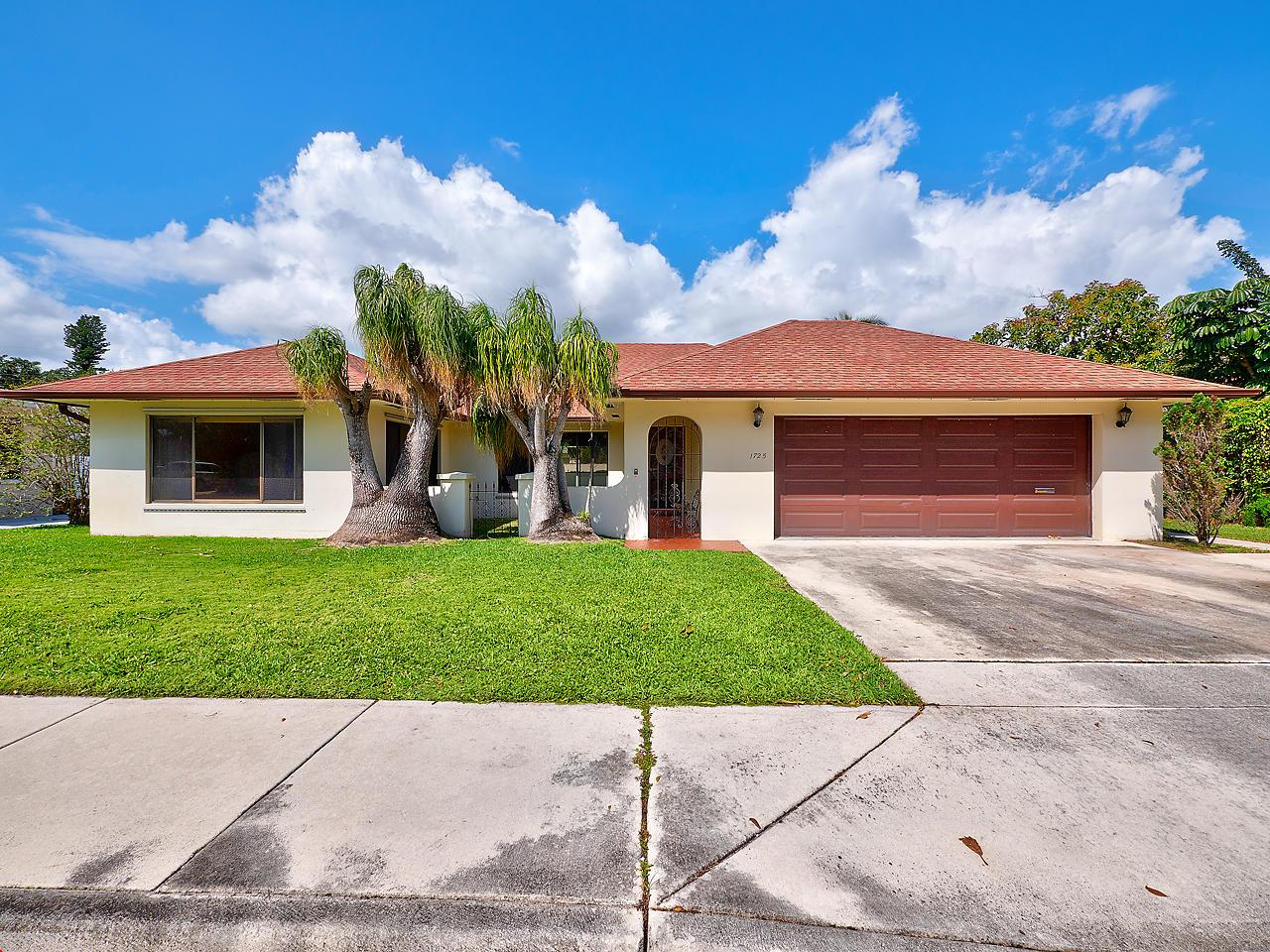 1725 N M Street Lake Worth, FL 33460
