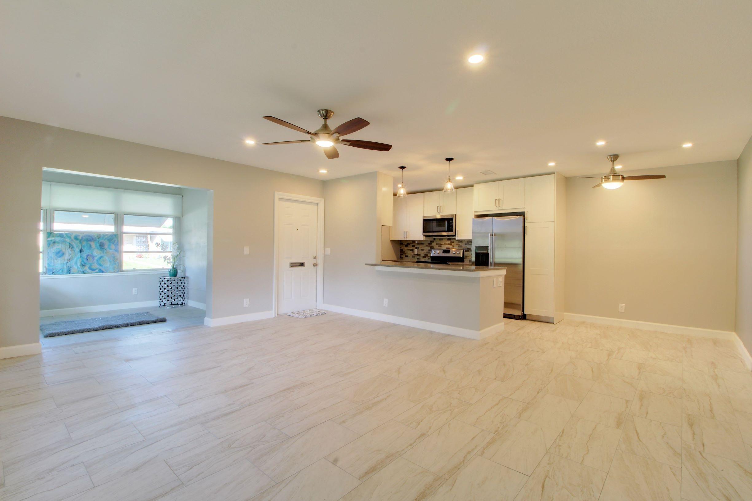 925 S Drive Terrace D  Delray Beach FL 33445