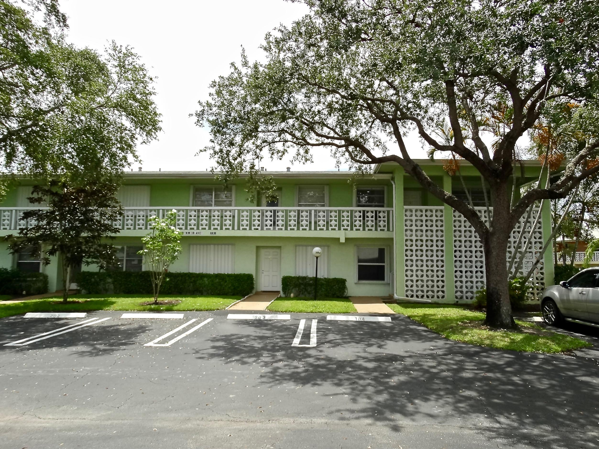 PINES OF DELRAY NORTH CONDO HOMES