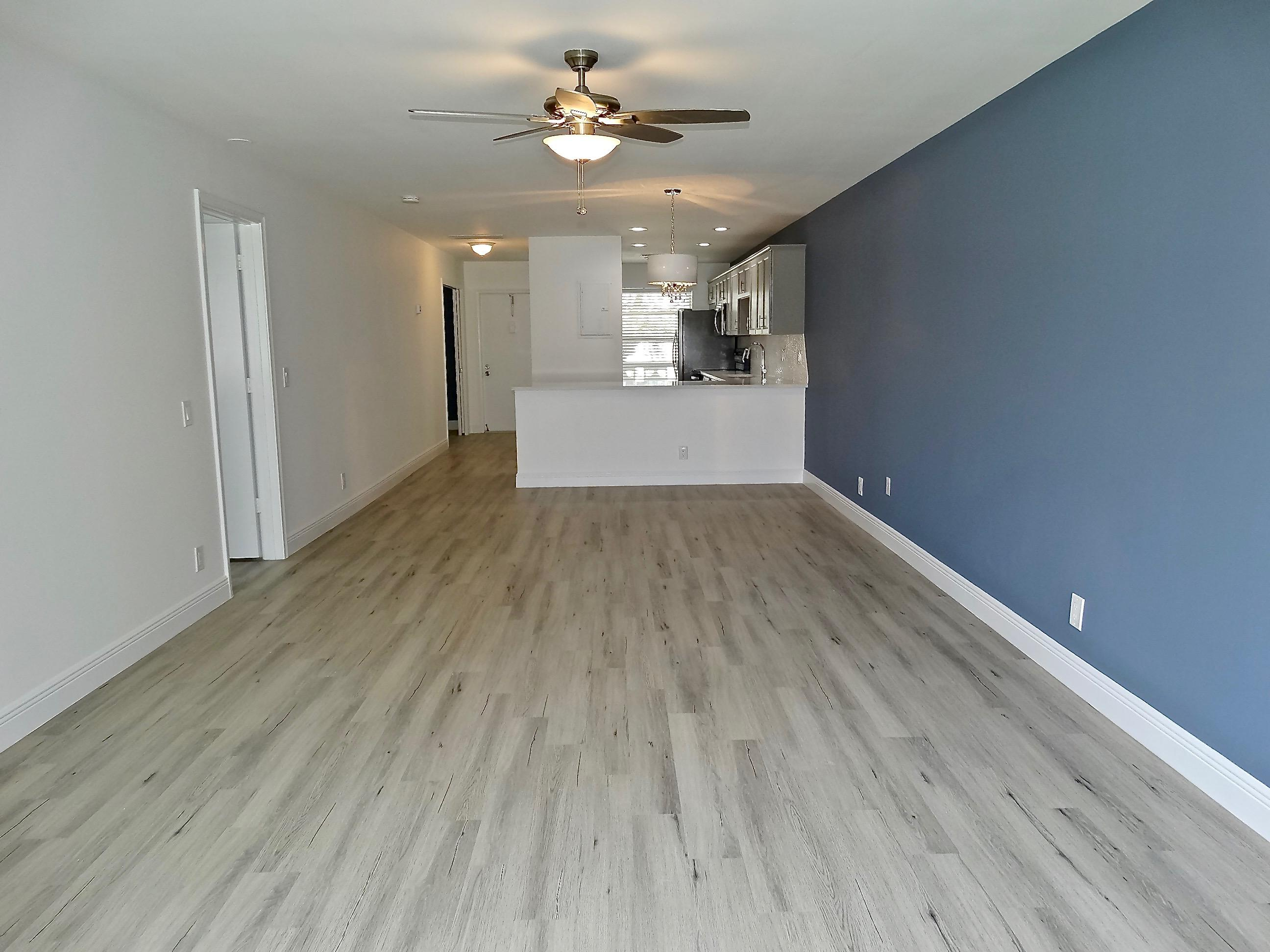PINES OF DELRAY NORTH CONDO REALTY