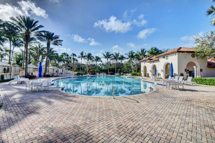 THE OAKS BOCA RATON REAL ESTATE