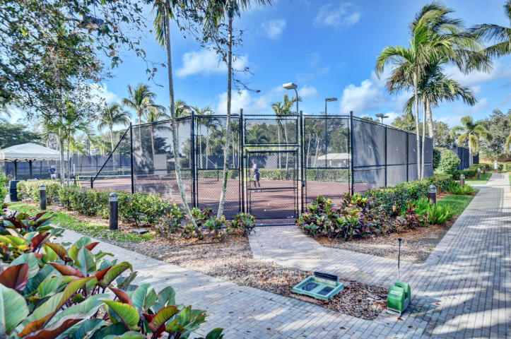 OAKS AT BOCA RATON PL 1  LT 25 BLK B-2