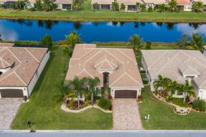 Valencia Cove home 8175 Green Mountain Road Boynton Beach FL 33473