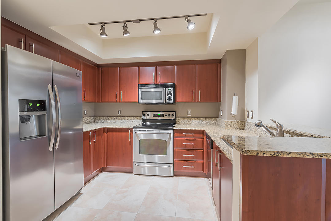403 Sapodilla Avenue 302, West Palm Beach, Florida 33401, 2 Bedrooms Bedrooms, ,2 BathroomsBathrooms,F,Condominium,Sapodilla,RX-10516157