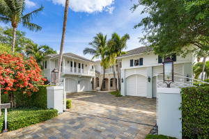 1964  Royal Palm Way , Boca Raton FL 33432 is listed for sale as MLS Listing RX-10520725 photo #3