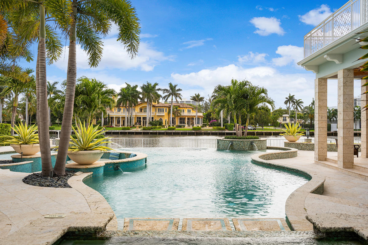 ROYAL PALM YACHT AND COUNTRY CLUB BOCA RATON FLORIDA