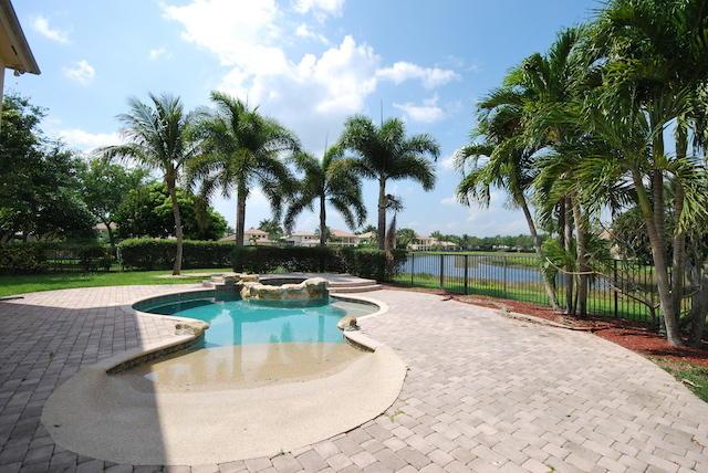 8746 Caraway Lake Court Boynton Beach, FL 33473 photo 16