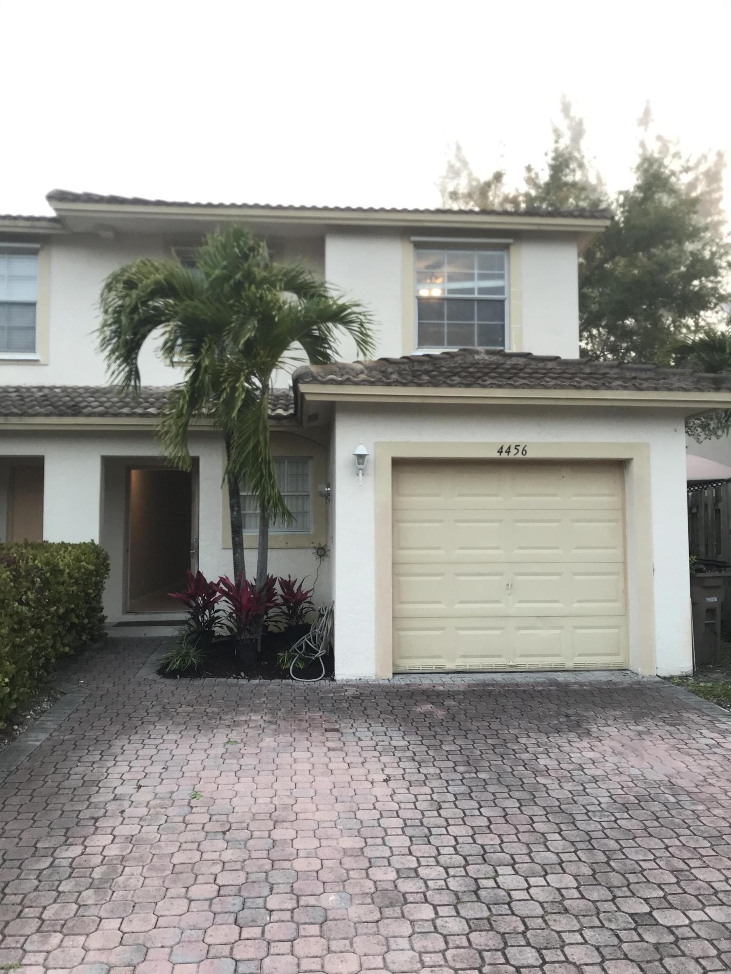 Home for sale in Crystal Pointe Townhomes Pompano Beach Florida