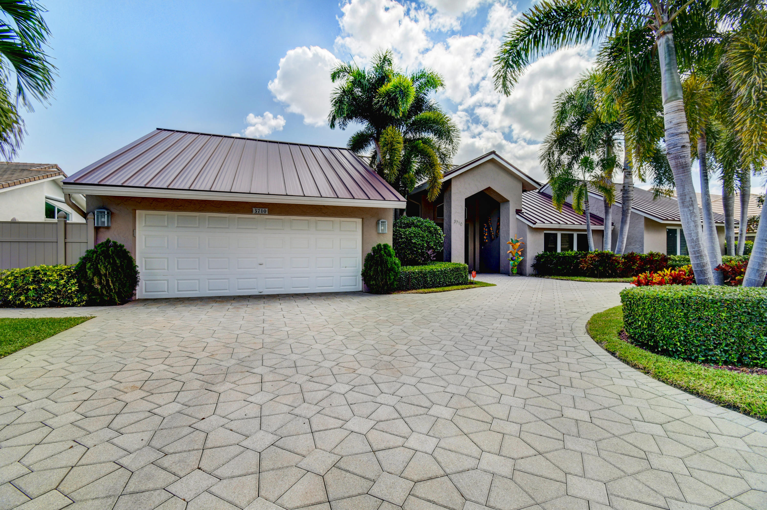 3710 Red Maple Circle  Delray Beach, FL 33445