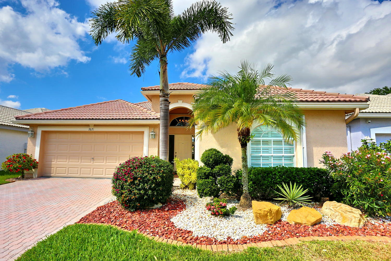 7671 Doubleton Drive  Delray Beach, FL 33446