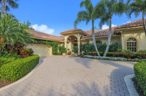 16 Cayman Place , Palm Beach Gardens FL 33418 is listed for sale as MLS Listing RX-10516909 38 photos