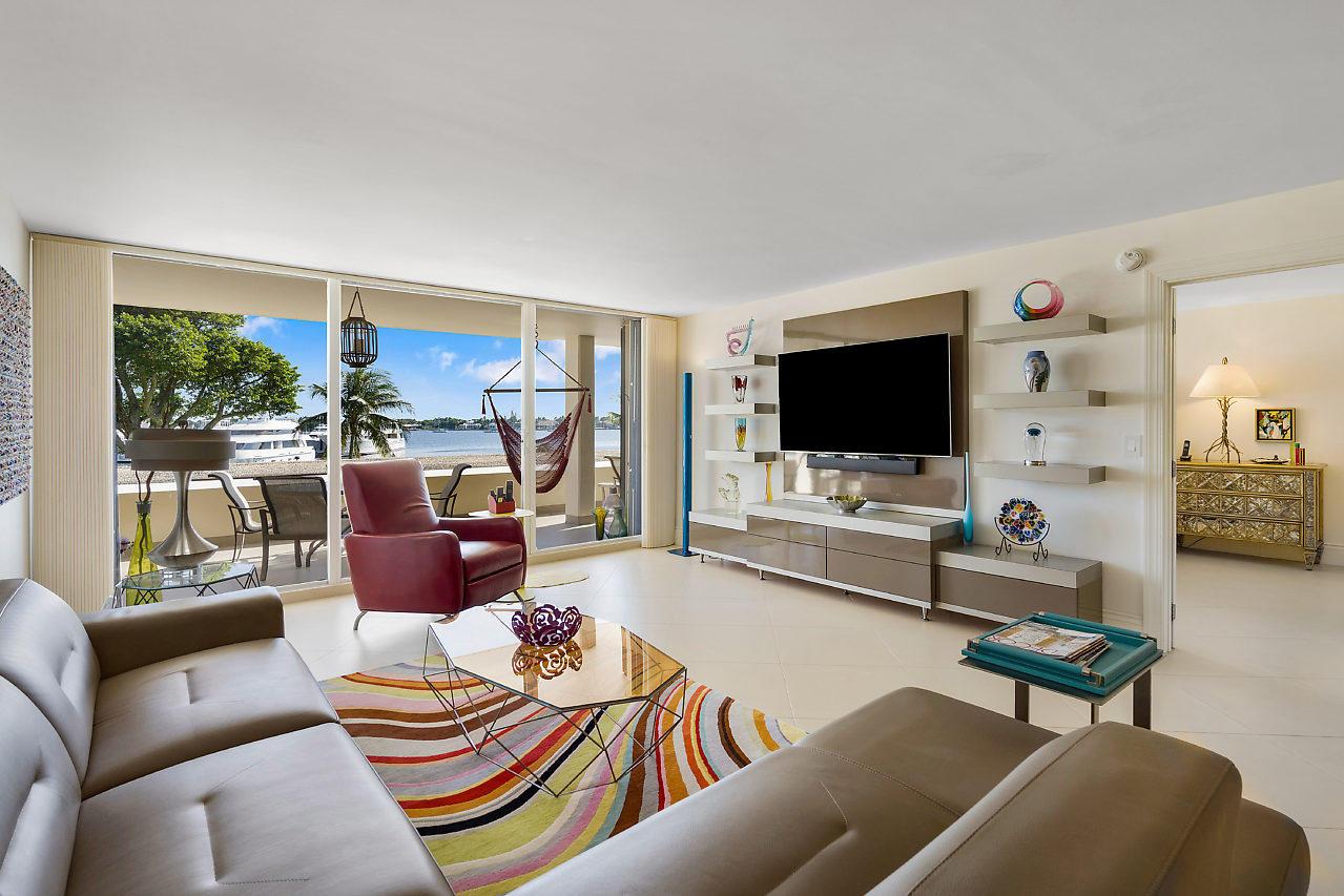 134 Lakeshore Drive 214, North Palm Beach, Florida 33408, 2 Bedrooms Bedrooms, ,2 BathroomsBathrooms,A,Condominium,Lakeshore,RX-10516681