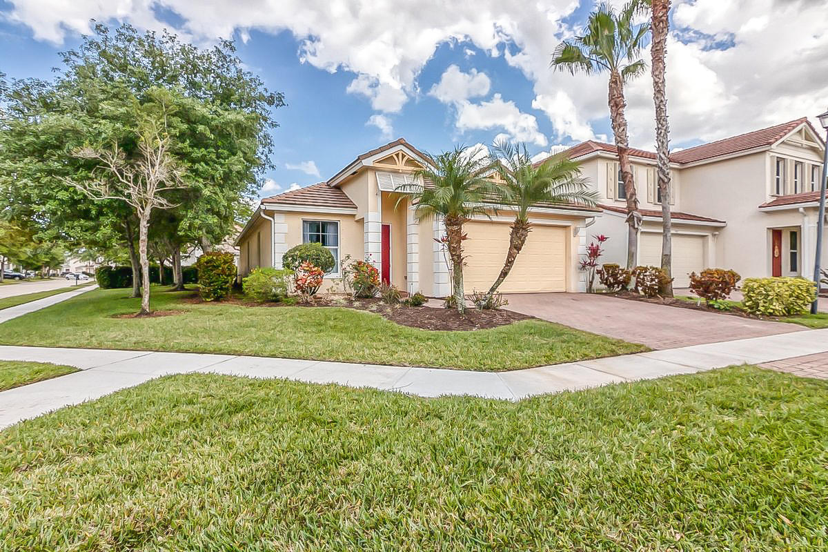 Home for sale in DIAMOND C RANCH POD E/F Royal Palm Beach Florida