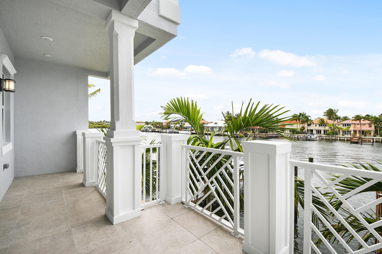 1057 Harbor Villas Drive 1, North Palm Beach, Florida 33408, 3 Bedrooms Bedrooms, ,4.1 BathroomsBathrooms,A,Townhouse,Harbor Villas,RX-10323855