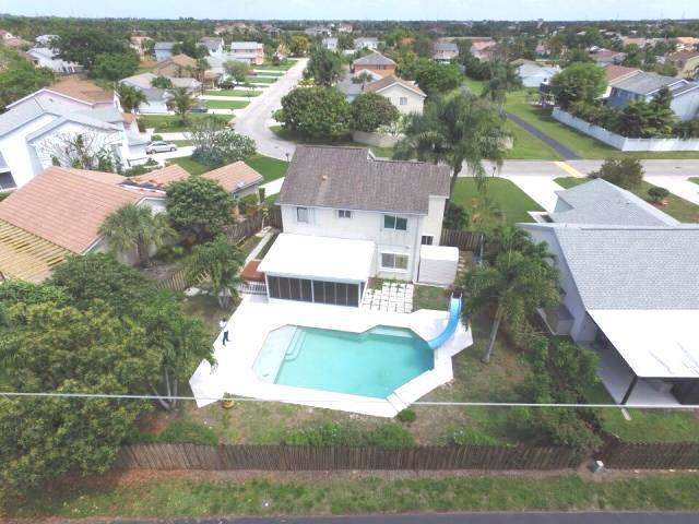 6927 Beacon Hollow Turn Boynton Beach, FL 33437
