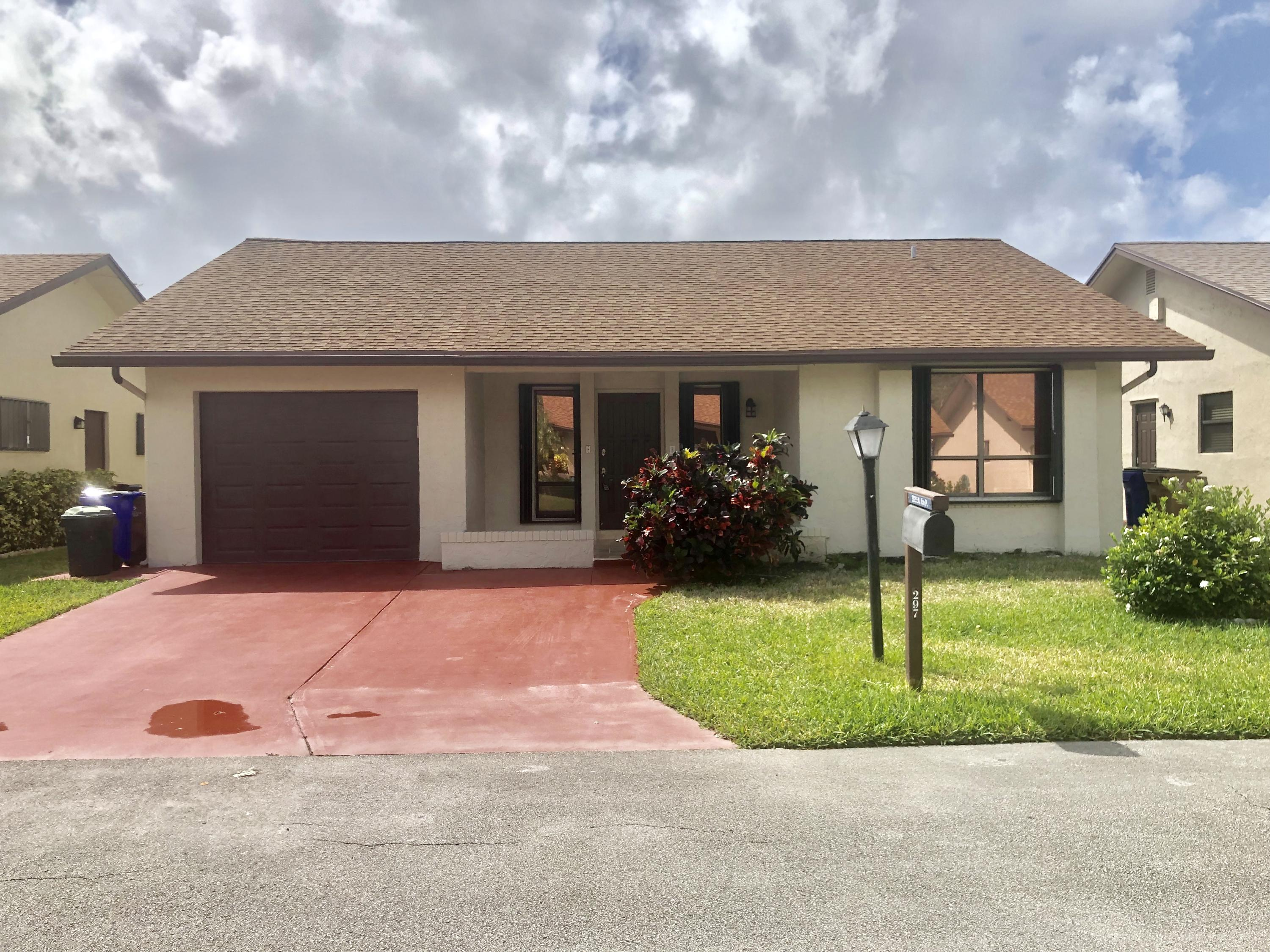 Home for sale in MEADOWS OF CRYSTAL LAKE PH 1 Deerfield Beach Florida