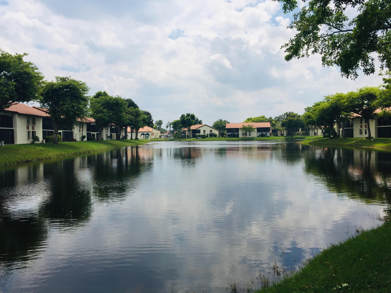 10576 Tropic Palm Avenue 102 Boynton Beach, FL 33437
