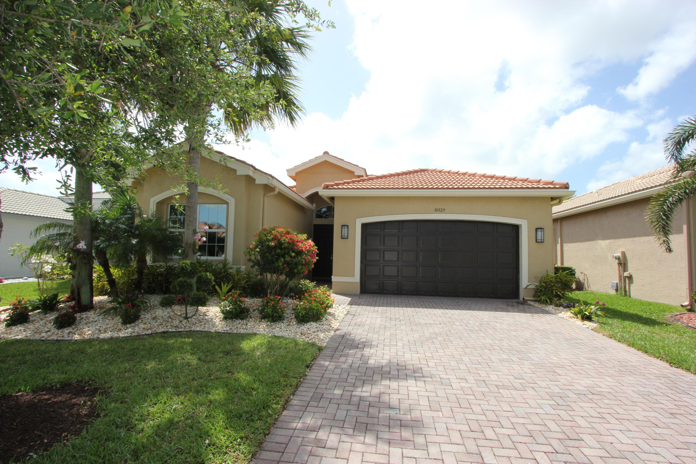 10929 Carmelcove Circle  Boynton Beach, FL 33473