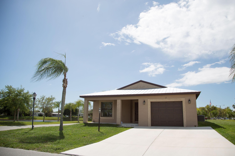 Photo of 1 Calle De Lagos, Fort Pierce, FL 34951