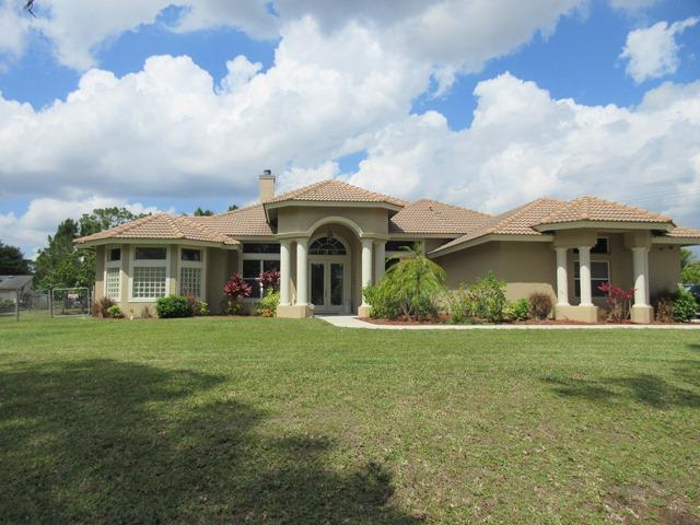 LOXAHATCHEE REAL ESTATE