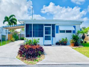 PARRY TRAILER VILLAGE UNREC ON AM-37 home 4200 88th Place Boynton Beach FL 33436