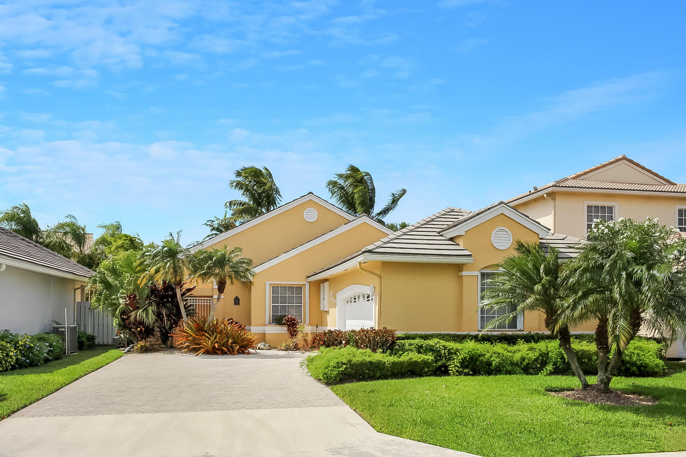 8273 Bob O Link Drive, West Palm Beach, Florida 33412, 2 Bedrooms Bedrooms, ,2 BathroomsBathrooms,A,Villa,Bob O Link,RX-10517102