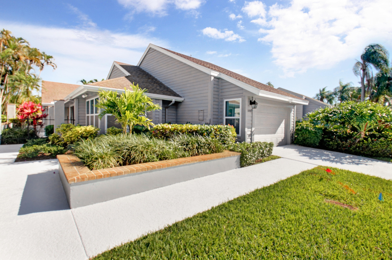 Photo of 6887 Palm Grove Court, Palm Beach Gardens, FL 33418