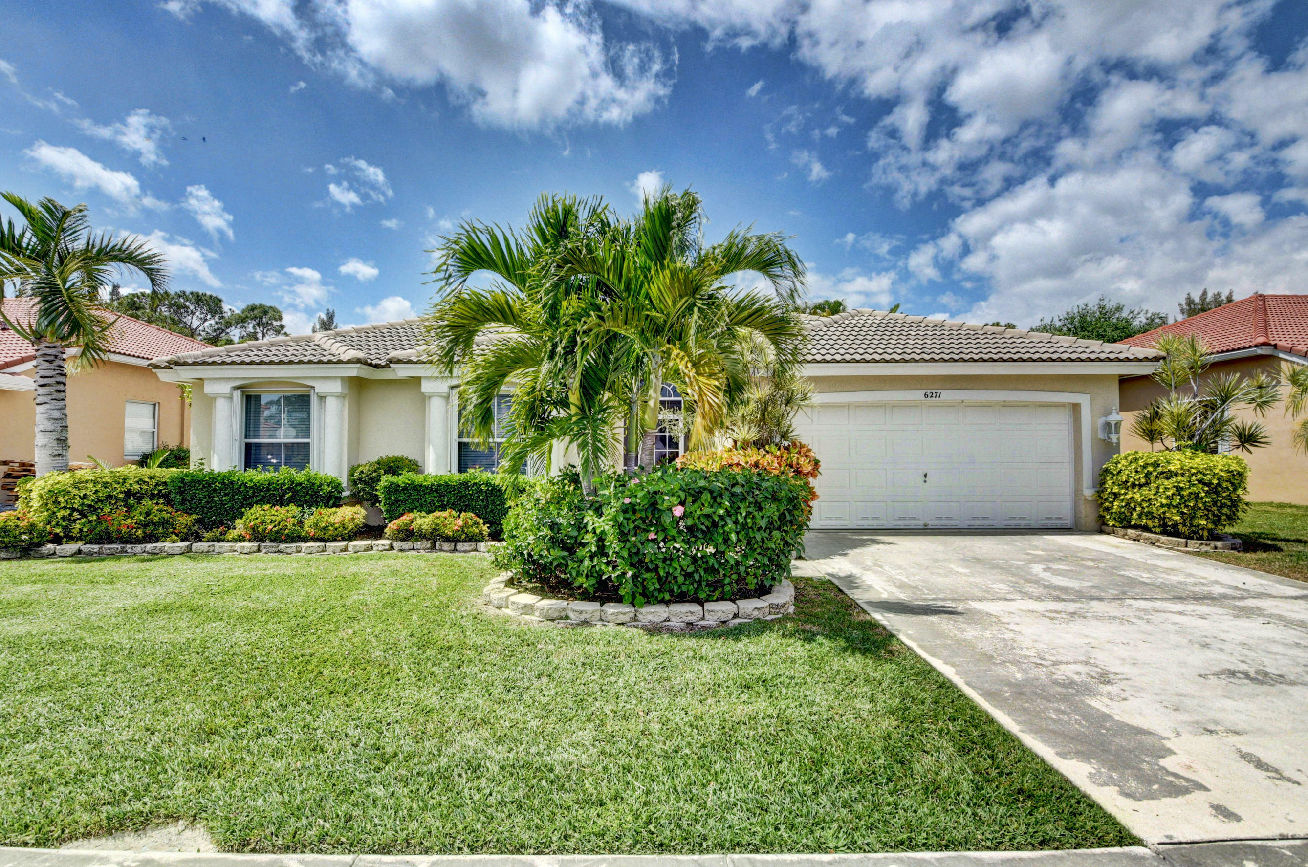 6271 Shadow Tree Lane Lake Worth, FL 33463
